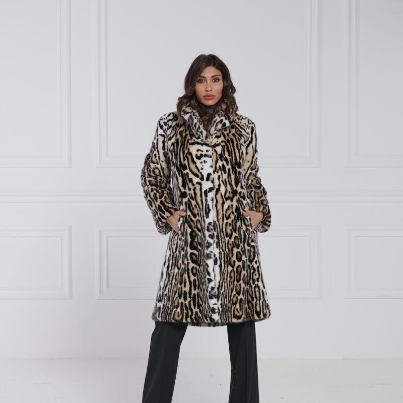 08 / Cappotto in visone leopardato collo a uomo
