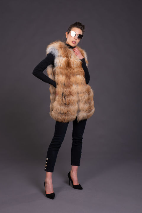 35 – Gilet in volpe gold island.