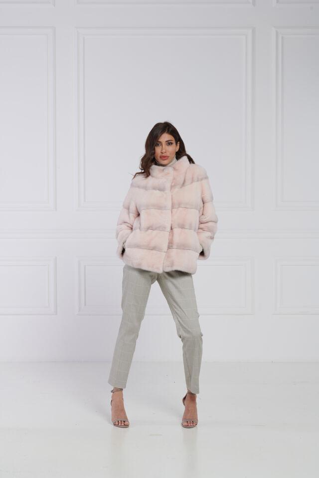 27 / Giacca in visone crystal pink con collo a listino